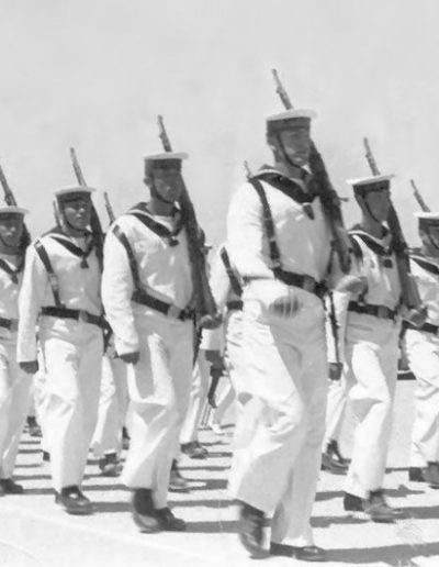 04-09c.- Compañía del Mar. Marineros en el Sáhara. Foto: Fernando del Toro. Playa de El Aaiún, 1967-1968