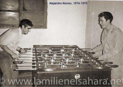 """<a href=""""https://www.lamilienelsahara.net/personal?id=1721"""" target=""""_blank"""" rel=""""noopener noreferrer"""" title="""""""">74006.- Alonso Ibáñez, Alejandro</a>"""