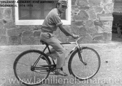 "<a href=""https://www.lamilienelsahara.net/personal?id=1826"" target=""_blank"" rel=""noopener noreferrer"" title="""">74051.- Fernández Alemany, José Antonio</a>"