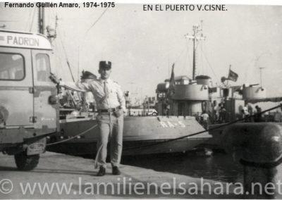 """<a href=""""https://www.lamilienelsahara.net/personal?id=1893"""" target=""""_blank"""" rel=""""noopener noreferrer"""" title="""""""">74083.- Guillén Amaro, Fernando</a>"""