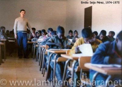"""<a href=""""https://www.lamilienelsahara.net/personal?id=2093"""" target=""""_blank"""" rel=""""noopener noreferrer"""" title="""""""">74163.- Seijo Pérez, Emilio</a>"""