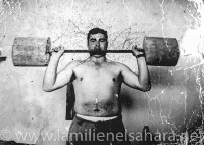 """<a href=""""https://www.lamilienelsahara.net/personal?id=2568"""" target=""""_blank"""" rel=""""noopener noreferrer"""" title="""""""">71066.- Martín Gómez, José</a>"""