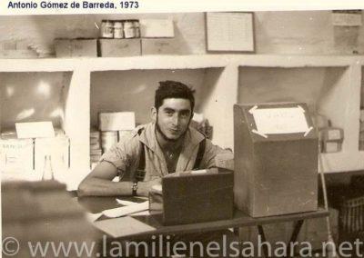 """<a href=""""https://www.lamilienelsahara.net/personal?id=1498"""" target=""""_blank"""" rel=""""noopener noreferrer"""" title="""""""">73063.- Gómez de Barreda Lavín, Antonio</a>"""
