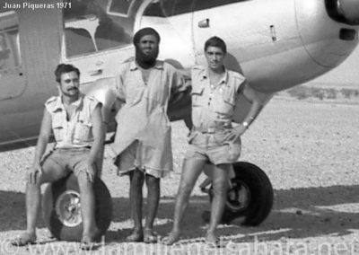014.- Tichla, Avión de suministros.