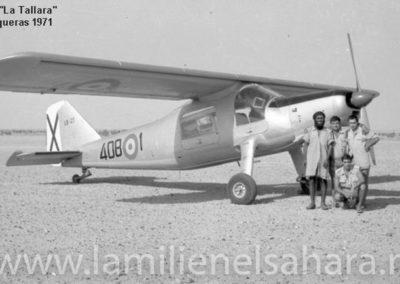 015.- Tichla, Avión de suministros.