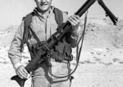 011.- Ametralladora MG 42.