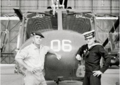 003.- Helicóptero UH-1H.