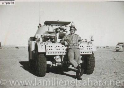 010.- AML H-60 Panhard.